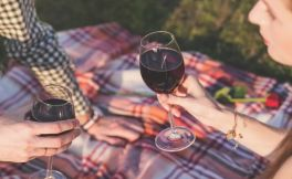 鉴别葡萄酒风味的技巧