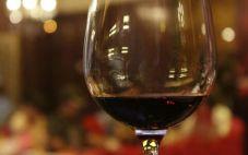 葡萄酒外观分析技巧我们看到什么了呢?
