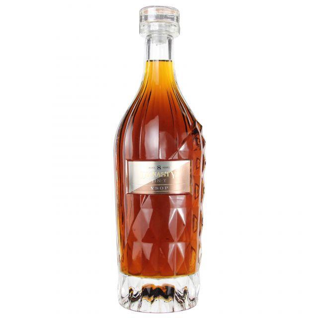 中国王朝酒业白兰地8年VSOP