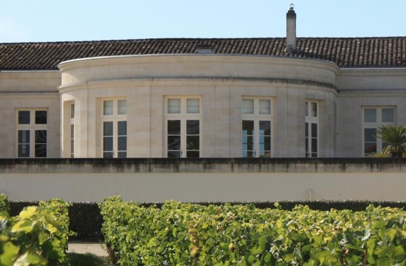 博塞贝戈酒庄Chateau Beau-Sejour Becot